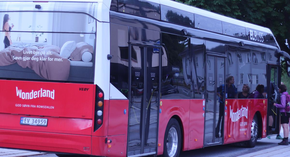 Wonderland på el-bussen til Romsdalseggen